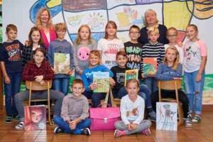4a Klassenlehrerin  Ursula Dabernig und Anita Schnitzer